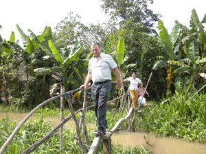 John Heeg - VL-LH-H119-Bridge monkey1-9-29-10