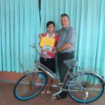 John Heeg - VL-LH-H137-C02-gift bike from kid's at Ch.-Dec,10-2015